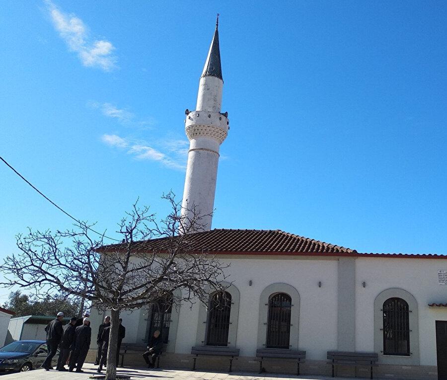 Gümülcine'ye bağlı Seymen Köyü Cami.