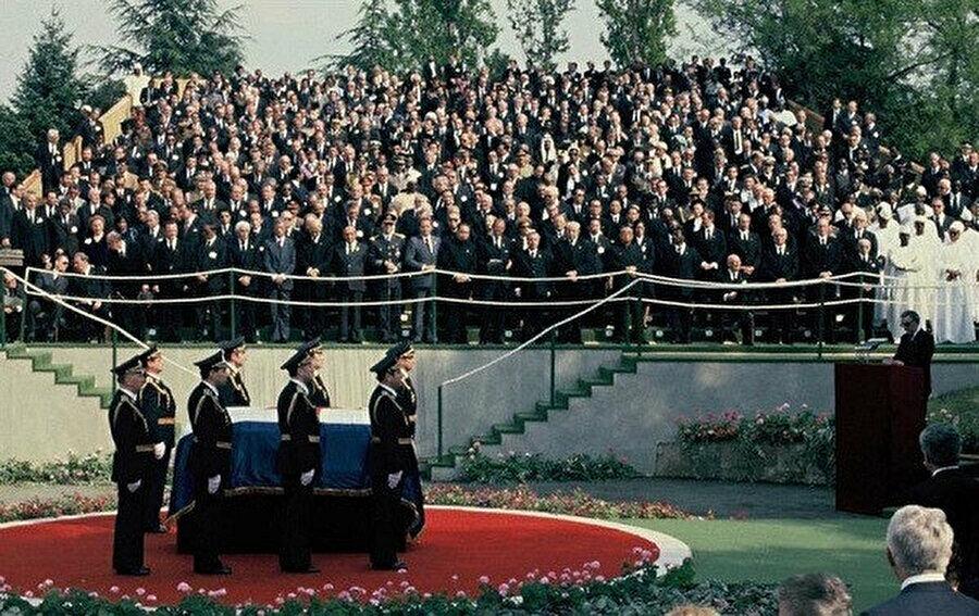Tito'nun cenazesine, bütün dünyadan çok sayıda lider katıldı.