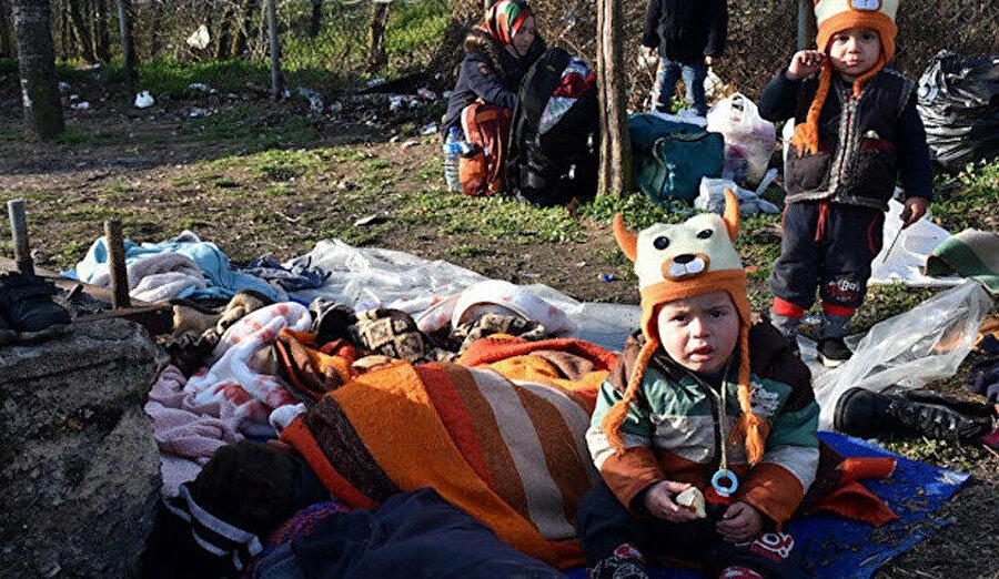 Yunanistan Almanya'nın peşinde olduğu çocukları, kendi toprakları üzerinden Almanya'ya göndermeyi amaçlıyor.