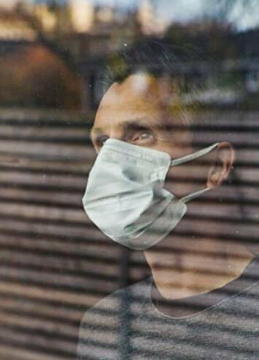 Sosyal izolasyon kurallarını uygulayan milyonlarca kişi evde kalarak koronavirüs yayılma hızının düşmesini sağlıyor.