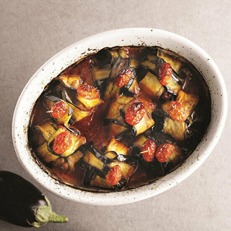 Fırında etli patlıcan bohçası