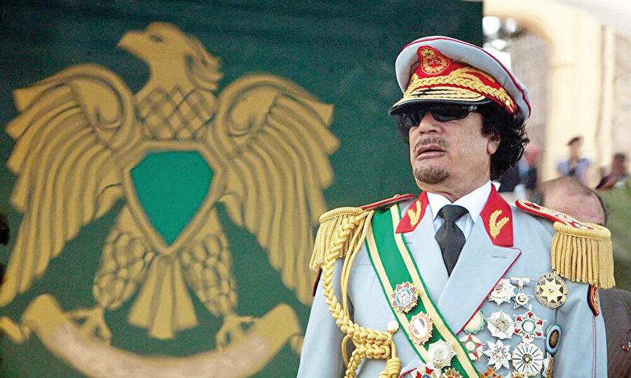 Libya lideri ülkesinde kontrolü iyice kaybetmeye başlamış ve muhalifler güç dengesini değiştirmişti.