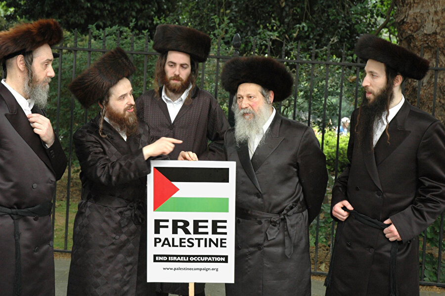 İsrail rejimi, özellikle Haredi (ultra-Ortodoks) Yahudilere göre dindar olmak bir yana, günah üzere kurulu bir devlettir.