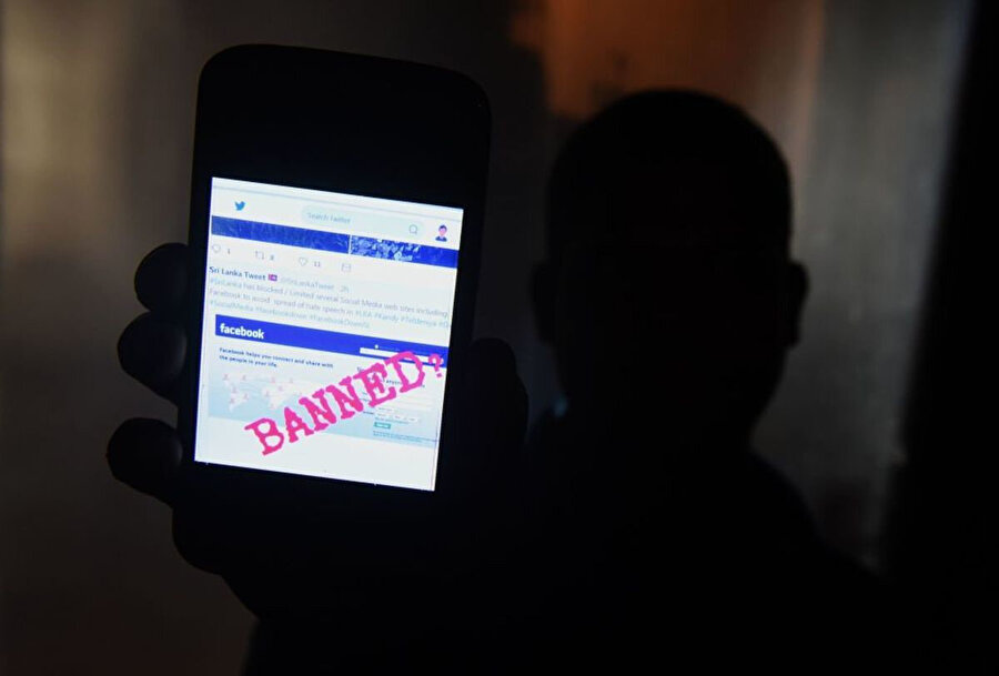 Facebook, Sri Lanka'da aşırı grupların platformu kötüye kullanmasının önüne geçemedi.