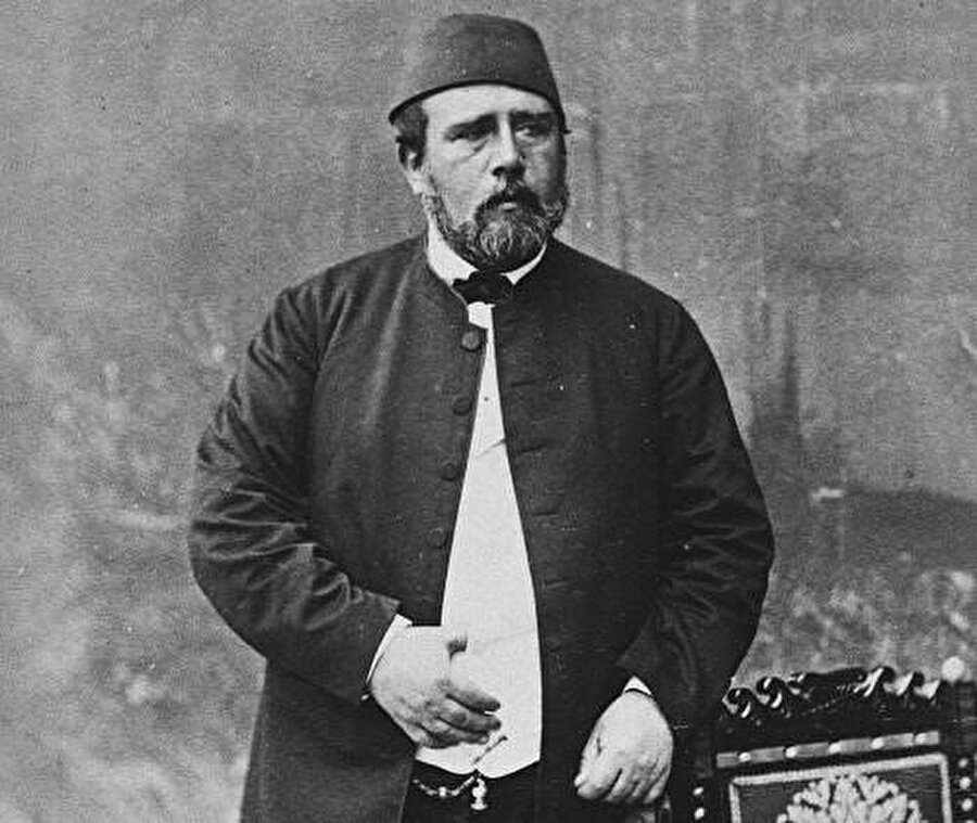 Mehmet Ali Paşa'nın oğlu Hidiv İsmail Paşa. 1867'de Hidiv unvanı alan Paşa, Mısır'ın iç işlerini yönetmekte serbestlik kazandı.