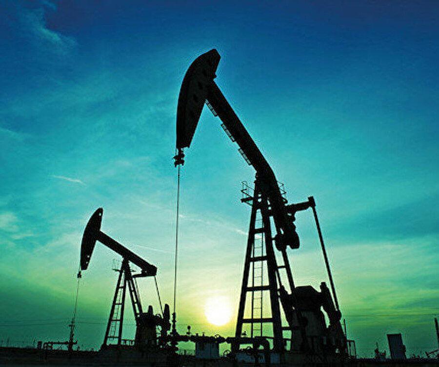 Rusya'nın petrolden kâr etmesi için varilini 40 doların üzerinde satması gerekiyor.