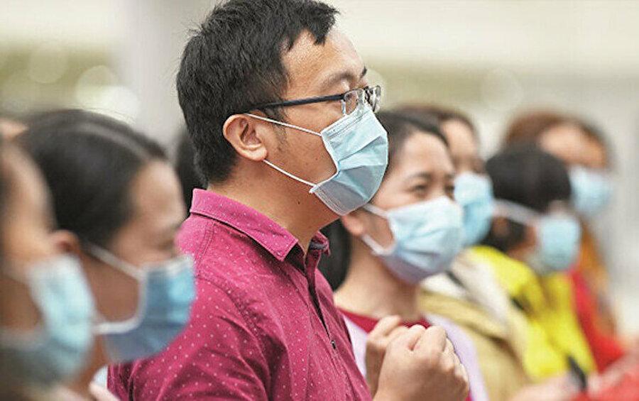 Dünya koronavirüsle birlikte keskin bir kutuplaşmaya uğradı.