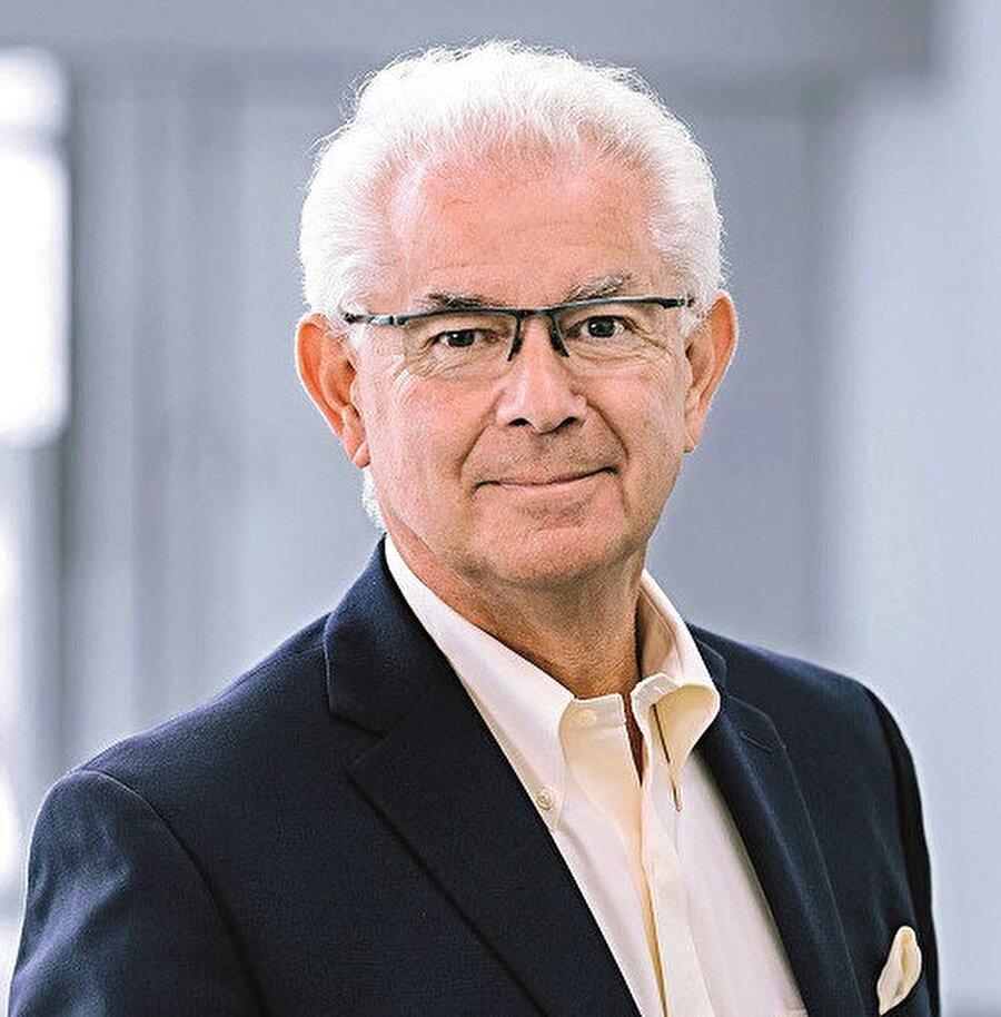 Roche'nin eski CEO'su William Burns