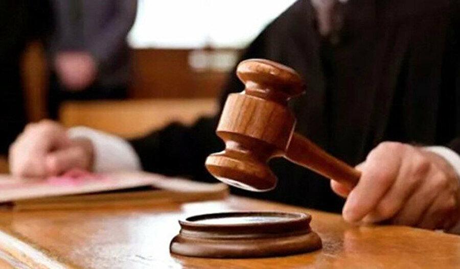 Uzun süredir aileyi parçalamak ve ifsat etmek üzerine yeniden tesis edilen kanunlar ve imzalanan uluslararası sözleşmeler, bu davada da amacına ulaştı.