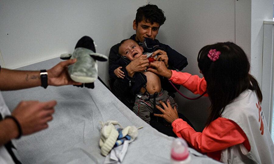 Yunanistan'dan gelecek çocukların alımında hasta ve acil tedaviye ihtiyacı olanlara öncelik verileceği bildirilse de bu vaat gerçekleşmedi.