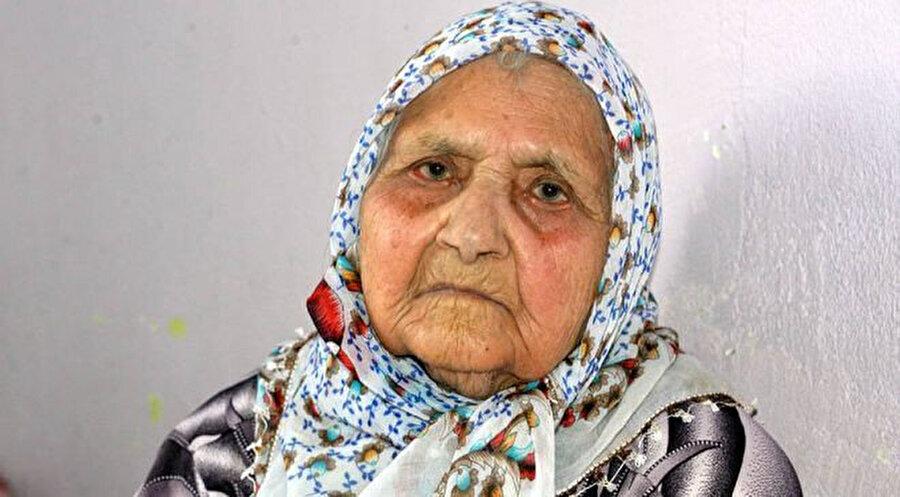 Eşe Nine koranavirüsü yenen en yaşlı insan oldu -DHA