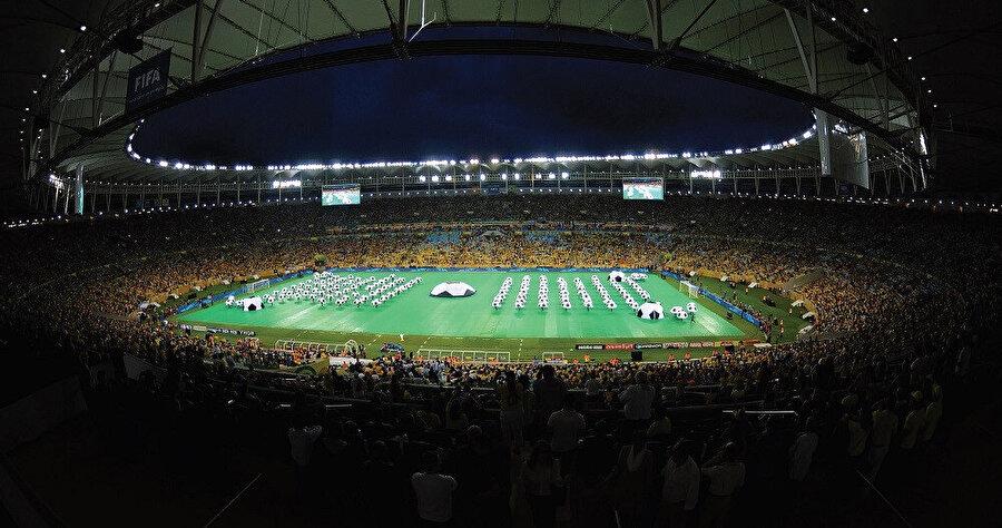 Stadyum tam olarak 1965 senesinde, temelinin atılmasından 17 sene sonra tamamlanmıştı.