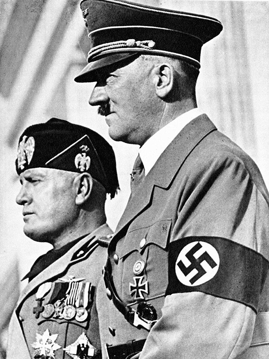 Mussolini ve Hitler