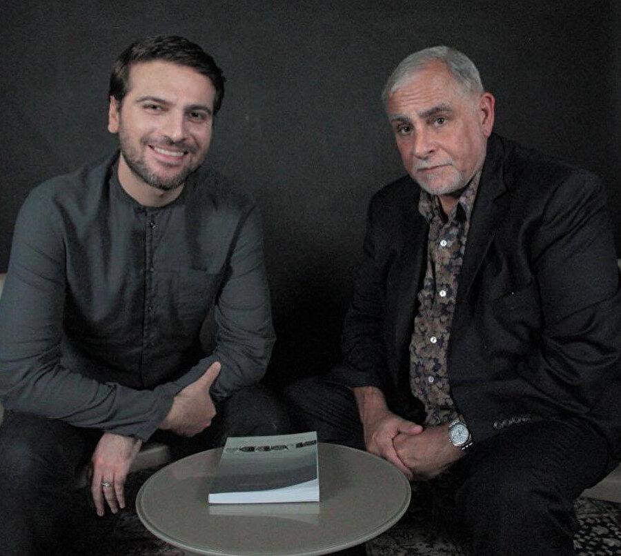 Azeri-İngiliz şarkıcı ve besteci Sami Yusuf, Müslüman pop müzik türünü icat etti; A. R. Rahman, yine ana akıma geçiş yapan Müslüm