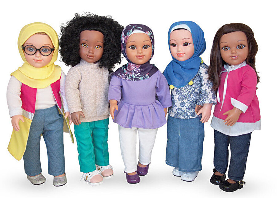 Avustralyalı grafik tasarımcı Peter Gould'un tasarladığı Salam Sister bebekleri.