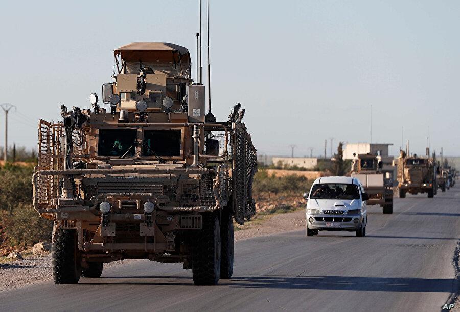 ABD ordusu, Suriye'deki üs ve askeri noktalarına, mühimmat depoluyor.