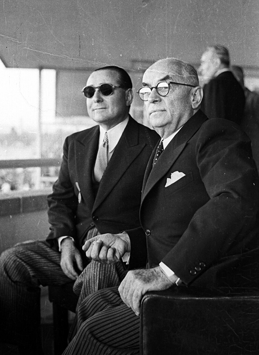 Adnan Menderes ile Celal Bayar