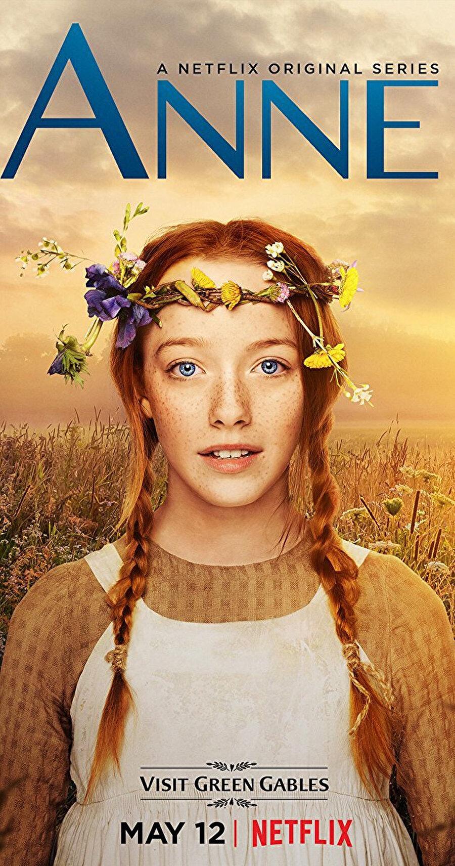 2017'nin en iyi dram dizileri arasında yer alan Anne with an E, 19. yüzyılın sonralarında yaşayan Anne Shirley (Amybeth McNulty) isimli 15 yaşındaki yetim bir genç kızın kâh mutlu eden kâh hüzünlendiren maceralarını konu alıyor. 1908'de Kanadalı yazar L. M. Montgomery'nin kaleme aldığı ve Türkçeye Yeşilin Kızı Anne olarak çevrilen romandan uyarlanan dizi, Amybeth McNulty'nin muhteşem oyunculuğuyla ilgiyi fazlasıyla hak ediyor.