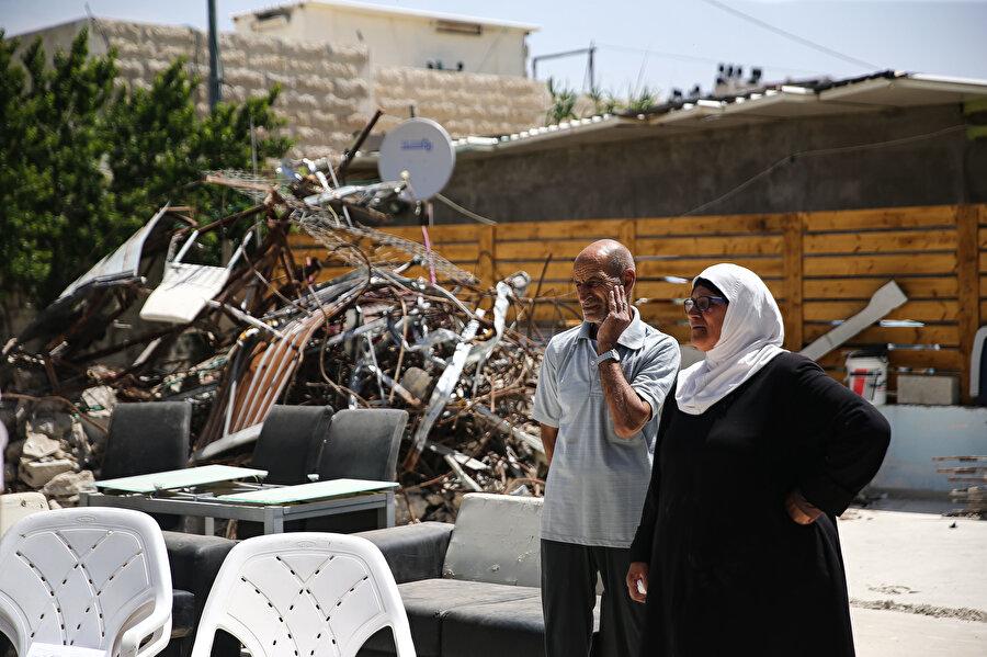 İsrail, Filistinlileri göçe mecbur bırakmak için çeşitli bahanelerle yıkım kararı alıyor.