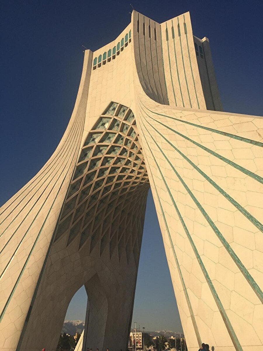 Azadi Kulesi. 📸 Hüseyin Kaymaz