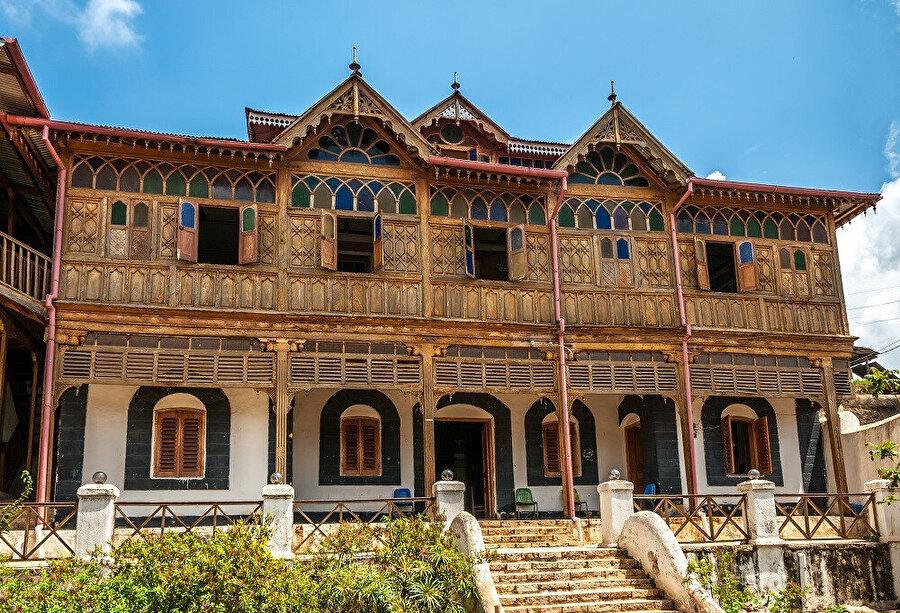 Harar müzesi, Etiyopya'nın tarihsel nesneleri ile dolu olan ilgi çekici bir müzedir.
