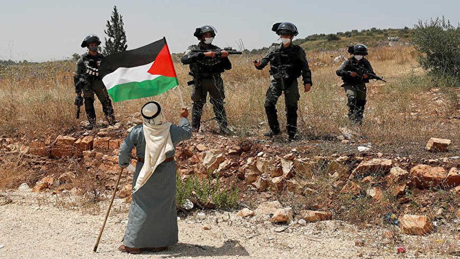 İsrail'in ilhak etmeyi planladığı işgal altındaki Batı Şeria'da protestolar devam ediyor.