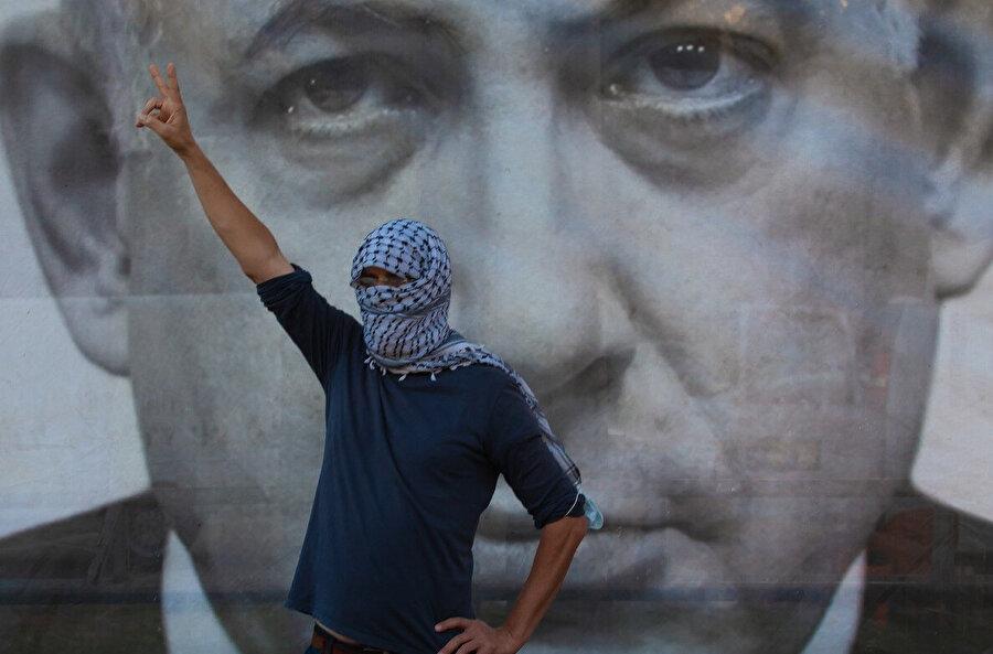 İsrail'in Batı Şeria'daki yerleşim birimleri ve Ürdün Vadisi'ni ilhak planına karşı Tel Aviv'deki protestolar.