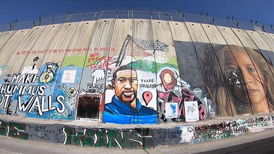 Ayrım Duvarı'nın Beytüllahim'de bulunan kısmında yer alan George Floyd (46) portresi.