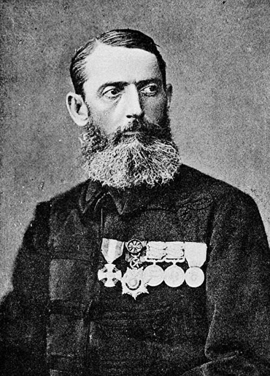 İngilizler için savaşan İtalyan komutan Romolo Gessi.