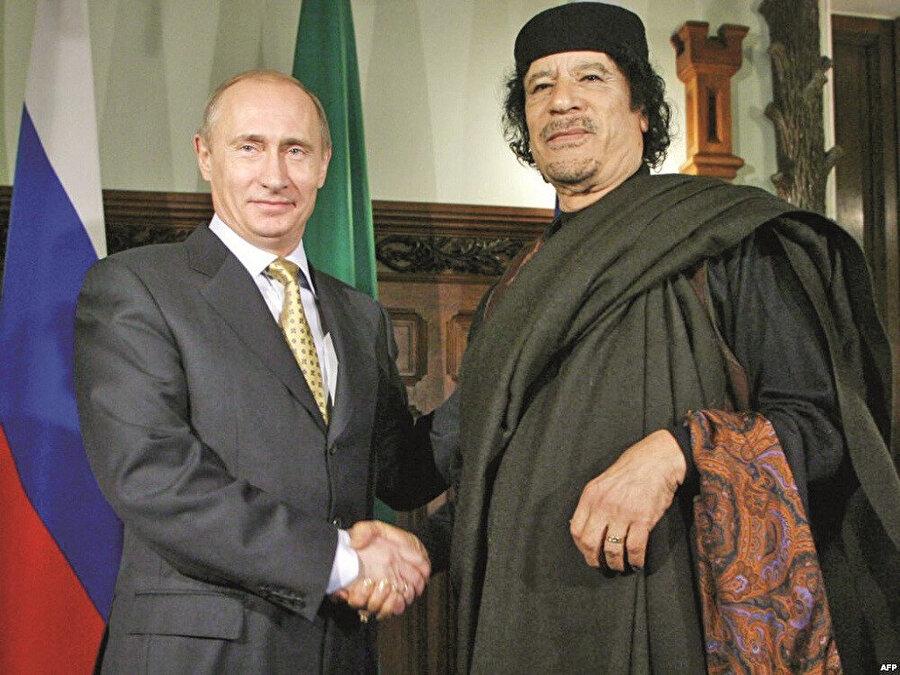 Putin - Kaddafi