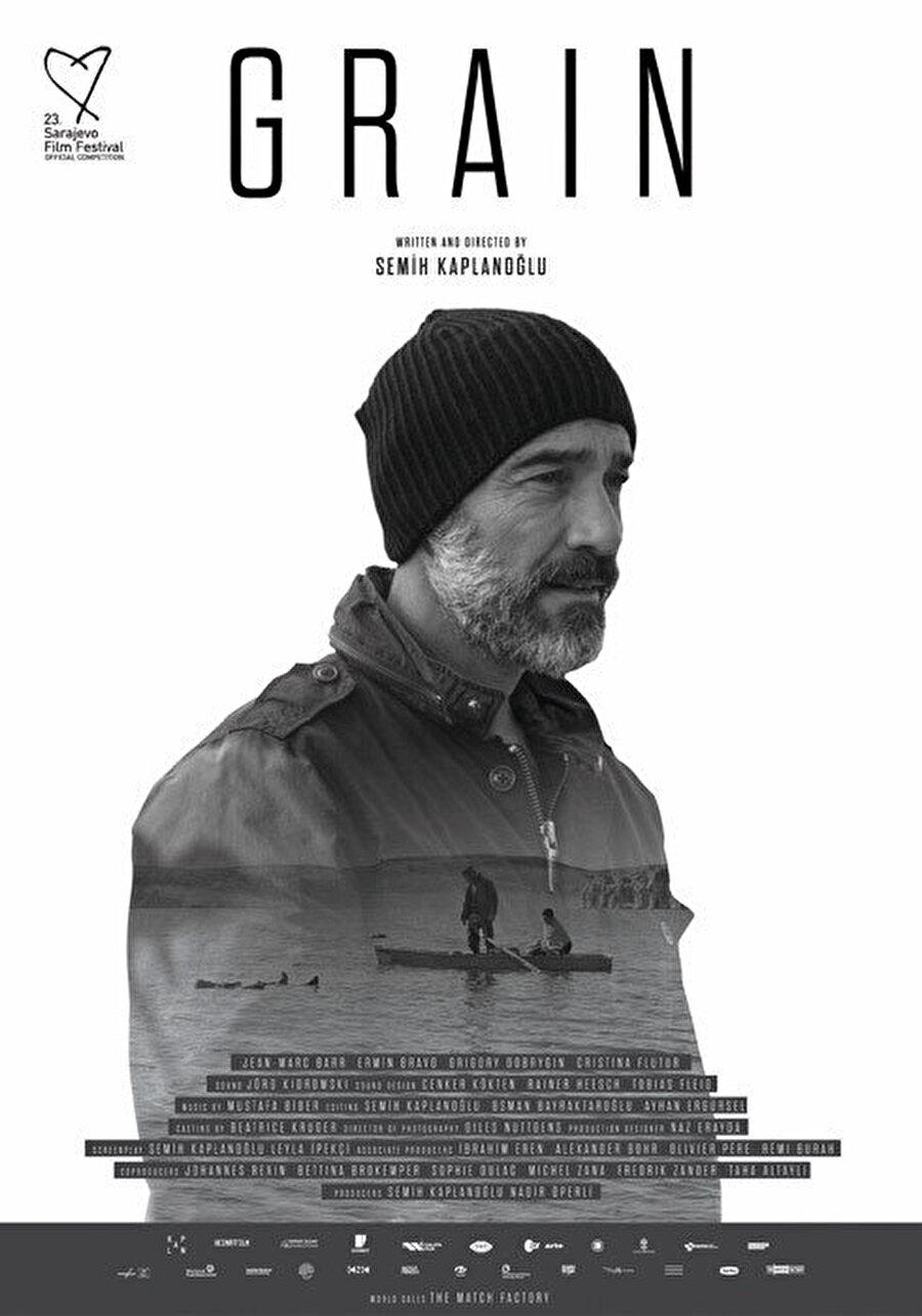 Buğday,Semih Kaplanoğlu, 2010 yılında Berlin Film Festivali'nde Altın Ayı ödülü kazanan Bal filminden bu yana süren suskunluğunu Buğday ile bozuyor. İnsanlığın kıtlığa mahkûm olduğu yakın geleceği konu edinen Buğday, siyah-beyaz tercihi ve ustalıklı sinematografisi ile benzer yapımlardan ayrılıyor. Vizyon tarihi: 24 Kasım 2017