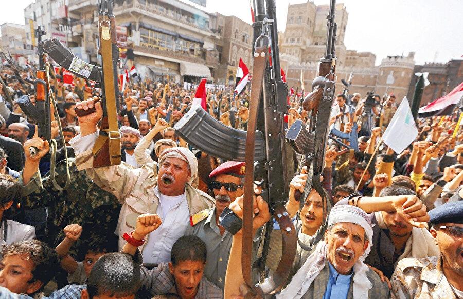BAE ve Suudi Arabistan öncülüğündeki koalisyonun Yemen'de işlediği insanlık suçları ortada.