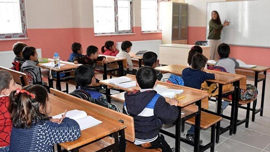 Sınıf mevcutları azaltılacak
