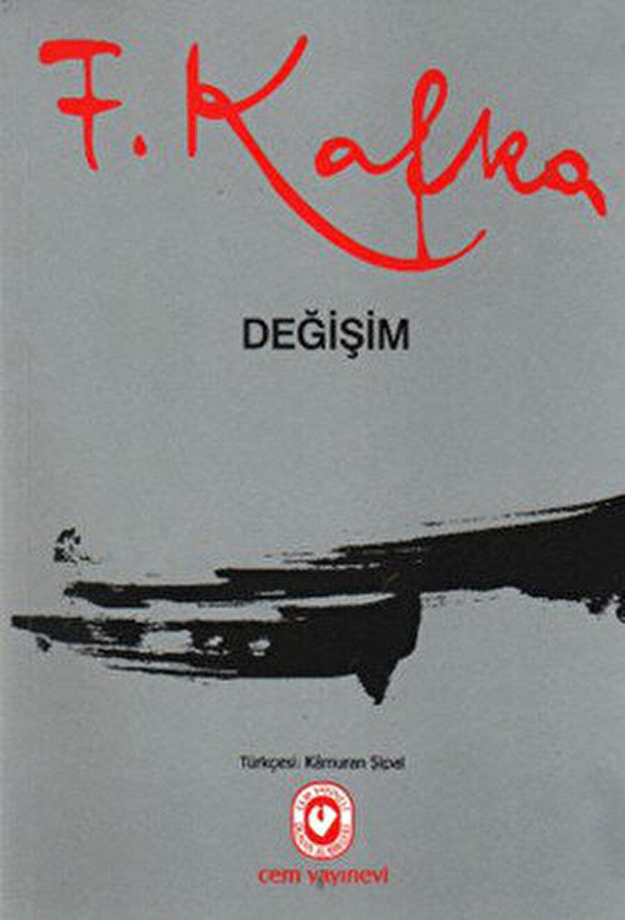 K., Kafka'nın diğer kahramanlarından farklıdır. Ayrı bir deneyin adamıdır K.. Kafka âdeta Değişim'in hamam böceğine dönüşen Gregor Samsa'sında kendini bırakmak, irade göstermemek ve karşı çıkmamayı denemiştir, toplum karşısında.