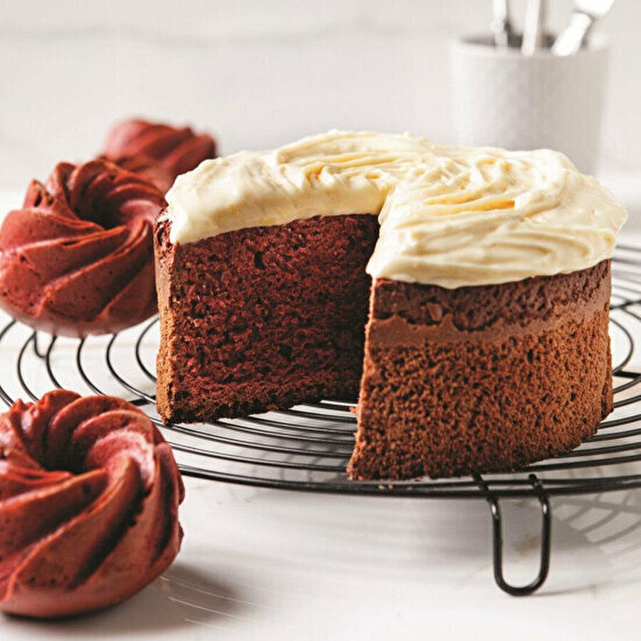 Red velvet: Kırmızı kadife kek