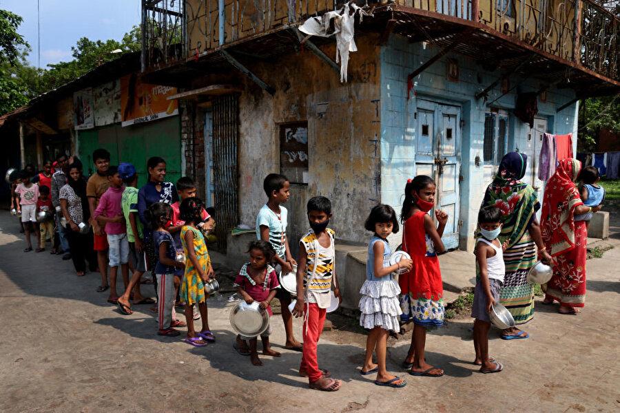 Kovid-19 pandemisi dünyayı kronik açlığa sürüklüyor.