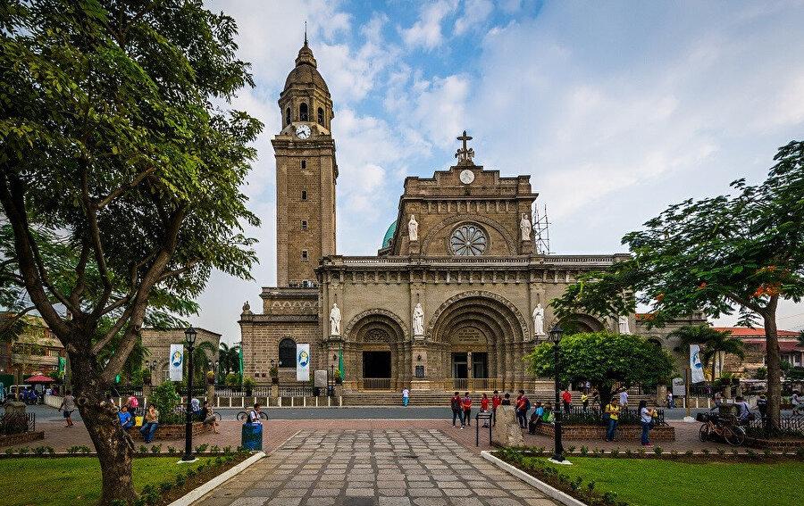 Birleşik Devletler'in bu şehri ve Filipin takımadalarını 1898'de başlayan işgal etme ve kontrolü ele geçirmesi 1946'ya kadar sürdü.