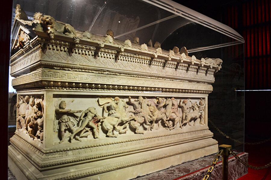 İskender Lahti, İstanbul Arkeoloji Müzesi.nn