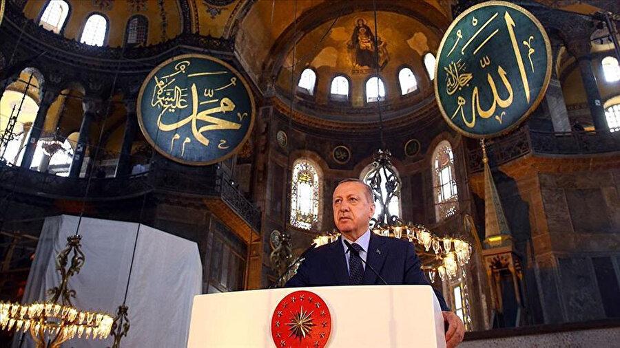 Bahar cemresiyle, zafer secdesiyle geldi. Senin Fatih'in Erdoğan... Seni gurbetten döndüren teselli...