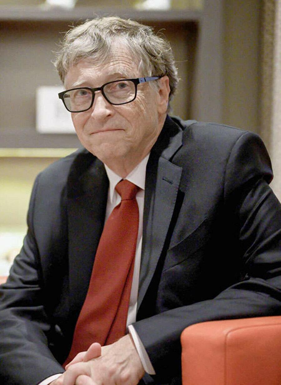 Bill Gates, her 20 yılda bir benzer salgının gerçekleşebileceğini söylüyor.