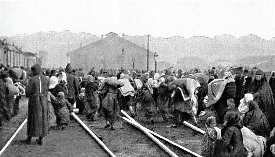 Balkanlardan Türkiye'ye göç edenler 'muhacir' sayıldı