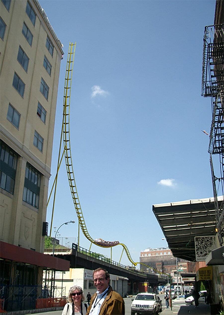 Yarışmaya katılan roller coaster tasarımı.