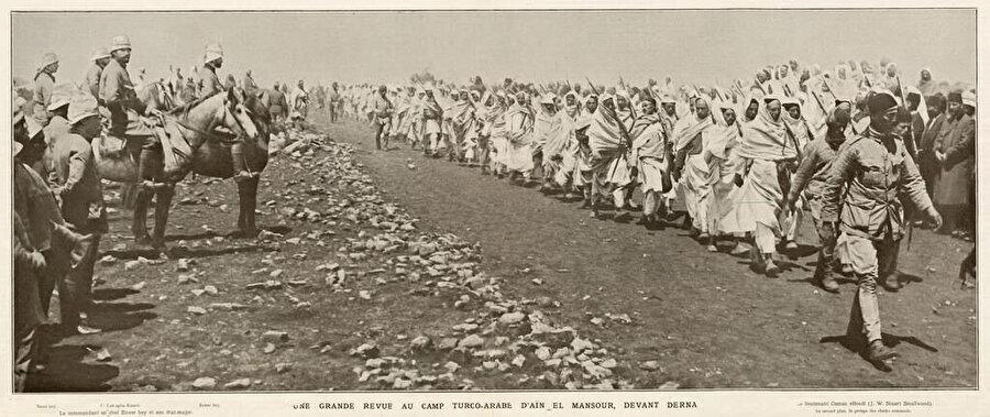Trablusgarb savaşında Derne'de Osmanlı-Senusi birlikleri.