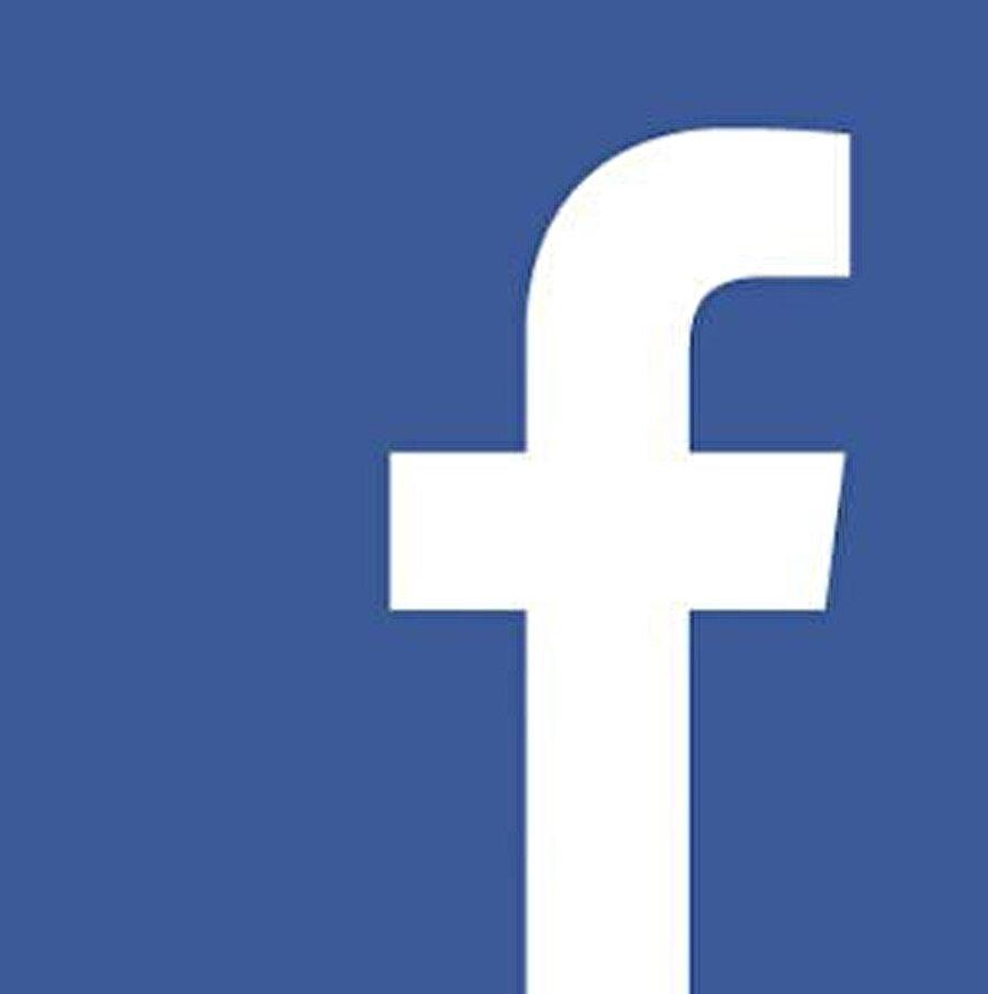 Facebook ve Twitter'ın Donald Trump konusunda kural ihlallerine hızlıca müdahale ettiğini de belirtmek gerekiyor.
