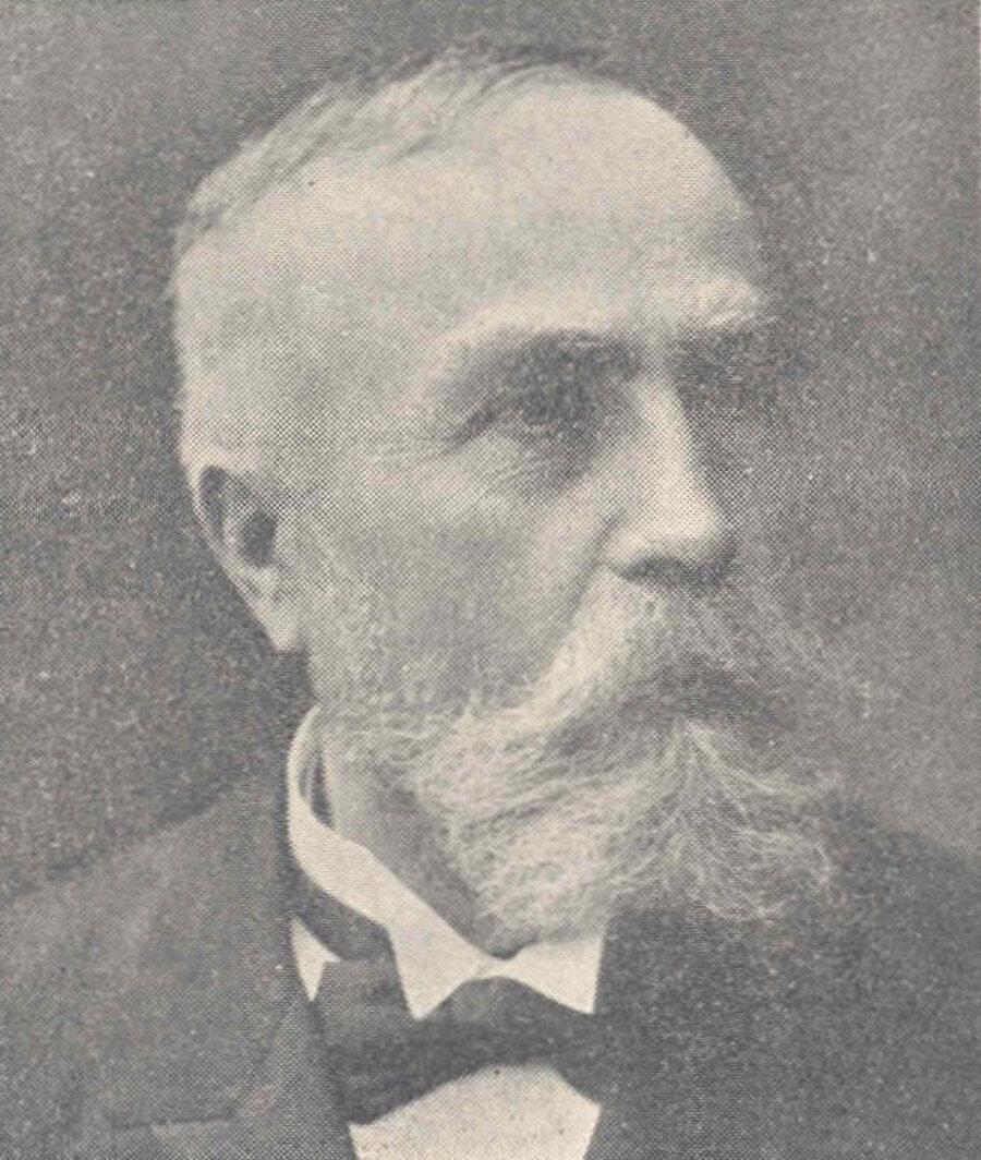 Bernard Roy, Tunus'un sömürgeleştirilmesi sürecinin önemli isimlerindendi.