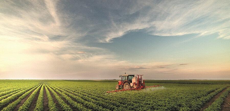 Vakfın bugüne kadar çalıştığı alanların başında sağlık ve tarım geliyor.