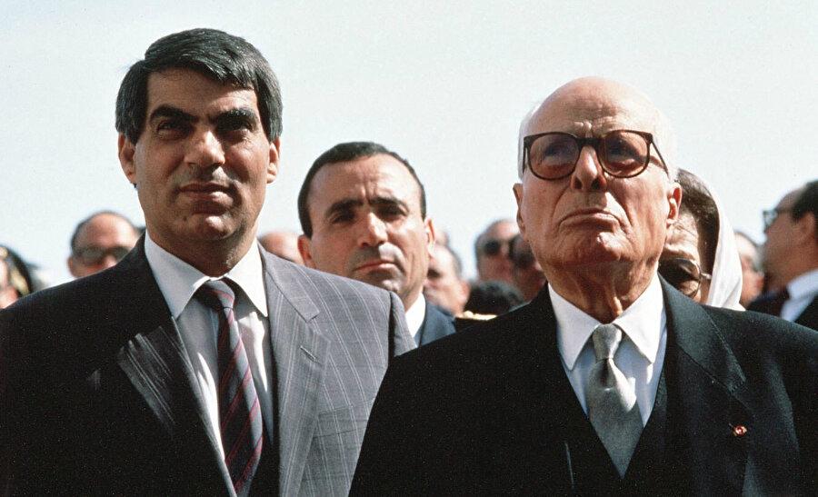 Habib Burgiba ve Zeynelabidin bin Ali bir arada.
