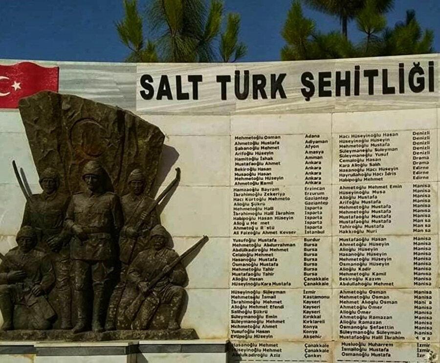 Salt Türk Şehitliği.