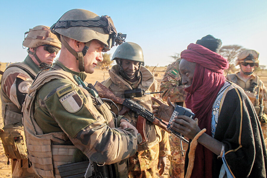 Afrika'da Fransız askeri