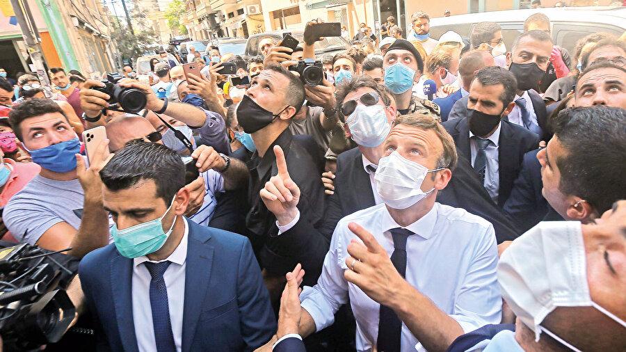Macron Beyrut'ta
